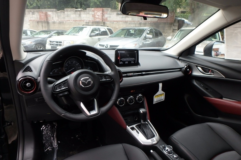 2021 Mazda CX-3 Touring FWD Interior